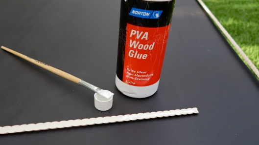 PVA apply wood lace